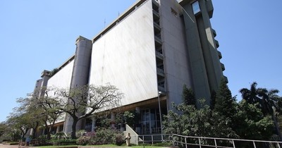 Jubilados piden se intervenga Caja Bancaria