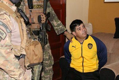 """Cae barrabrava que sería líder de """"la mayor red de distribución de cocaína"""" en Central"""