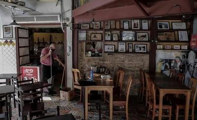 HOY / Río de Janeiro reabre bares, restaurantes y gimnasios, pese a elevada tasa de muertes
