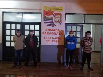 Cuatro detenidos en el río Paraná