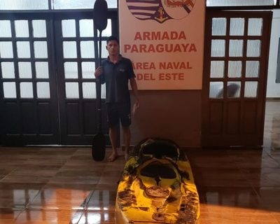Joven detenido al intentar cruzar el Paraná a bordo de  un kayak