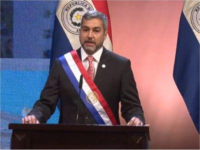 Abdo defiende endeudamiento para recuperar la economía tras el Covid-19