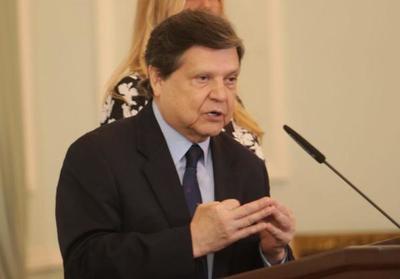"""Tragedia en Capiatá: Ministro considera que lo sucedido fue por un """"desequilibrio psicológico"""" del policía"""