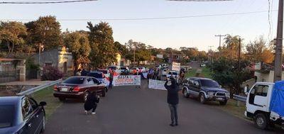 """Ciudadanos claman: """"Basta de corrupción e impunidad en Ybycuí"""""""