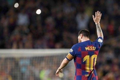 Barça analiza un plan para retener a Messi