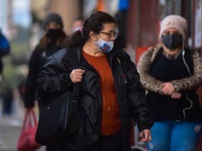 Alertan que el virus llega a niños y adultos mayores cada vez más