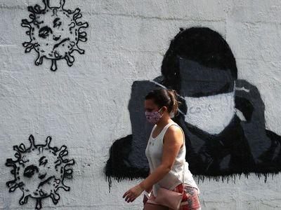 Bolsonaro veta  uso obligatorio de mascarillas en  espacios públicos