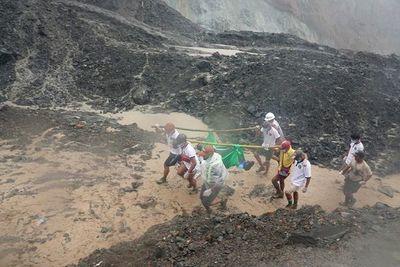 Deslave sepulta a unos  166 obreros en una mina de jade