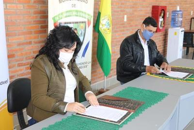 Municipio De Irala Fernández, Recibe Centro De Información Turística