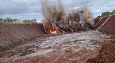 HOY / VIDEO|  Impresionante voladura de rocas en obra del Corredor de Exportación