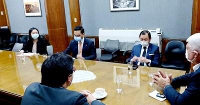 Taiwán donará buses eléctricos al país y empresa analiza abrir centro de ensamblaje