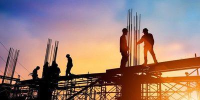 Coordinan acciones para ordenar el sector de la construcción