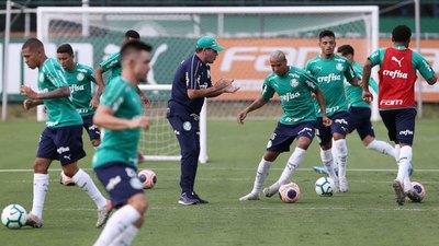 DT de Gustavo Gómez en Palmeiras da positivo por COVID-19
