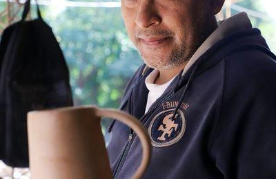 La magia del esmaltado noborigama en Areguá