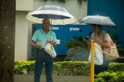 Anuncian lluvias dispersas para este domingo