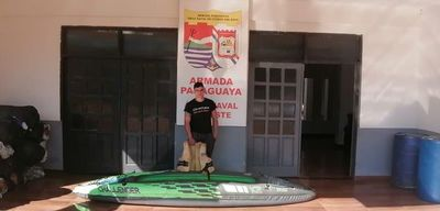 Intentó ingresar ilegalmente al país en un kayak inflable