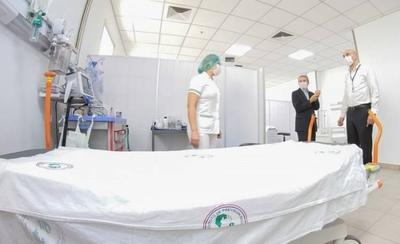 HOY / Paraguay tiene menos terapistas que camas para combatir el COVID-19
