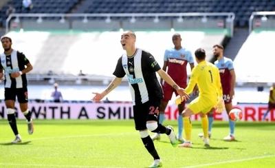 HOY / Almirón extiende su romance con el gol