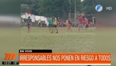 Denuncian partidos de fútbol en plena pandemia