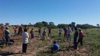 Covid y sequía: asisten a productores lecheros