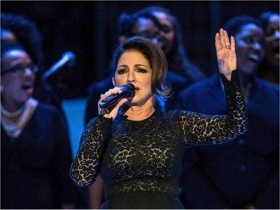 """Artistas latinos piden en una canción """"20 segundos más"""" ante el coronavirus"""