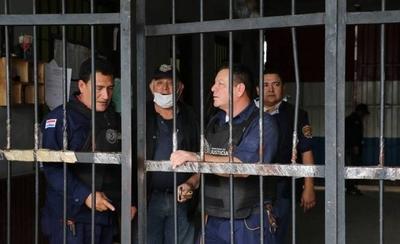 HOY / Salud decidirá si presos vuelven a recibir visitas sociales