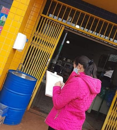 Verifican cumplimiento de medidas sanitarias en locales comerciales de Hernandarias