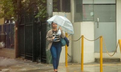 Anuncian lluvias y descenso de la temperatura