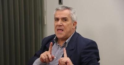 """Analista vaticina una """"explosión social"""" por improvisación del Gobierno para salir de la crisis"""