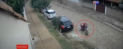 Le robaron la moto que utilizaba para trabajar de delivery