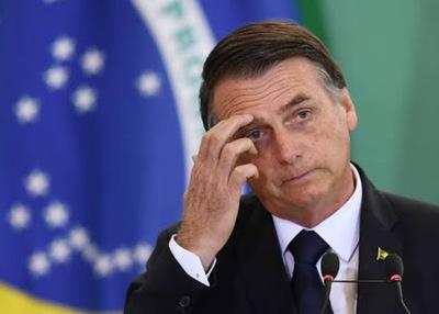 ¡Gripesinha! Bolsonaro da positivo a coronavirus