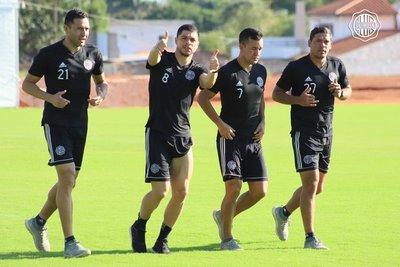 """La vuelta del fútbol paraguayo representaría un """"ejemplo para el continente"""", afirma Rojas"""