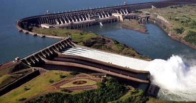 Analizan nueva apertura de compuertas para garantizar el comercio fluvial en el Paraná
