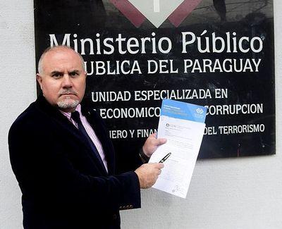 Denuncian a fiscal Rosetti por enriquecimiento ilícito