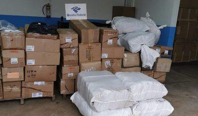 Interceptan camión cargado con cosméticos de contrabando