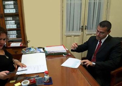 Hay pruebas de  enriquecimiento ilícito por parte del fiscal Rosetti, sostiene abogado denunciante