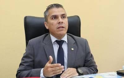 """Eduardo González: """"Hay un cogobierno con el PDP y sus representantes blanquean las irregularidades"""""""