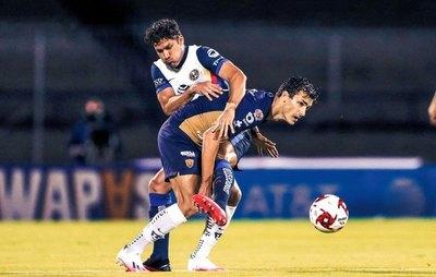 Con Valdez y Sánchez como titulares, América iguala con Pumas