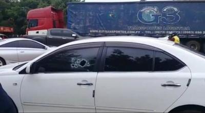"""Acompañante del jefe de seguridad del penal de Coronel Oviedo acribillado se """"salvó de milagro"""""""