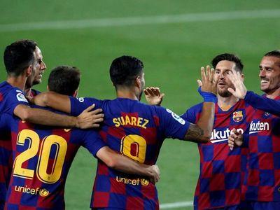 Luis Suárez le da vida al Barça y envía a Segunda al Espanyol