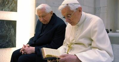 Benedicto XVI siguió funeral de su hermano por live stream