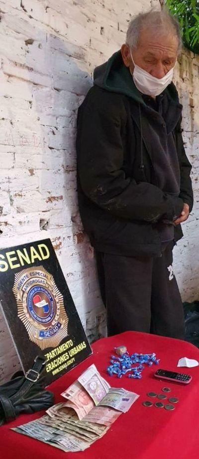 Septuagenario fue detenido con crack