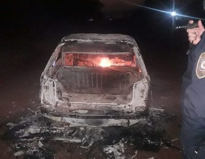 Vehículo se incendia en CDE