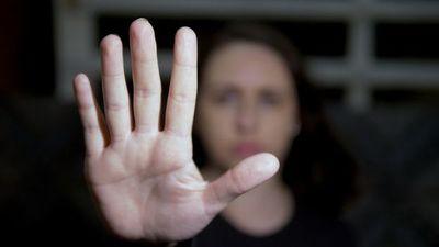 Suman 19 los feminicidios en 2020 y habilitan nuevas líneas para hacer denuncias