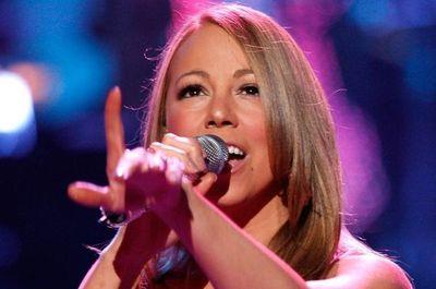 """Mariah Carey revelará detalles de su vida en una autobiografía """"sin flitros"""""""