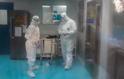 Laboratorio Central dispone de insumos para muestras Covid-19 solo para 15 días más