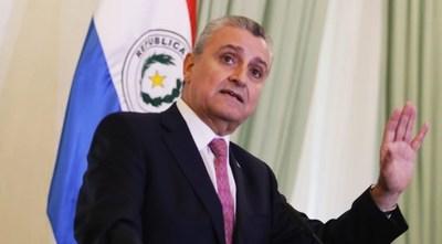 Mazzoleni es un buen médico, pero un mal administrador, según jefe del Gabinete Civil de la Presidencia