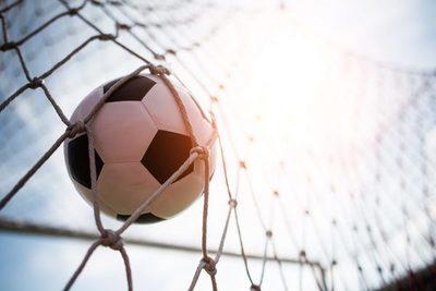 El fútbol nacional vuelve a las pantallas de la mano de Tigo