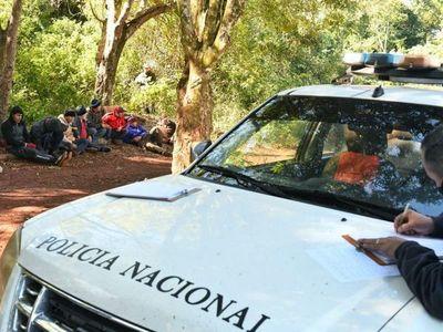 Detienen a supuestos contrabandistas en franja de protección de Itaipú