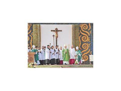Con misa y maratón solidario recordarán visita de Francisco